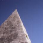 piramide_btn